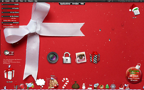 Christmas is in the desktop